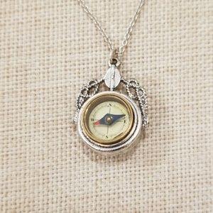 Jewelmint compass necklace